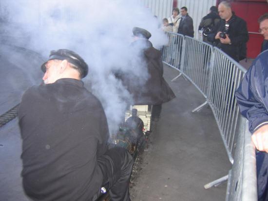 Fumée et vapeur se mélangent